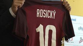 Tomáš Rosický se po patnácti letech vrátil do Sparty.