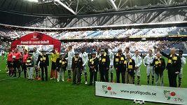 Stařečkové na fotbale ve Švédsku