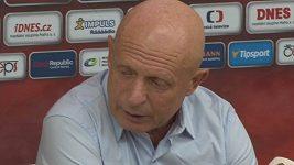 Trenér fotbalové reprezentace Karel Jarolím při nominaci