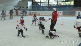 Martin Procházka s Michalem Brošem lákali děti k hokeji