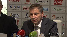 Trenér Josef Jandač při nominaci hokejového národního týmu.