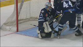 Pavelec v AHL inkasoval tři góly za 132 vteřin
