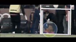 Vytočený Neymar po utkání s Granadou.