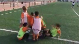 Děti si dělají legraci z Neymara