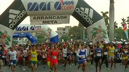 Přes 5000 běžců se zúčastnilo maratónu na Kubě.