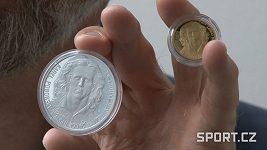 Karel Poborský má zlatou a stříbrnou minci