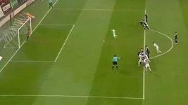 Rychlá penalta v zápase rumunské ligy