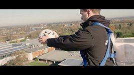 Rekord ve zpracování míče padajícího z výšky
