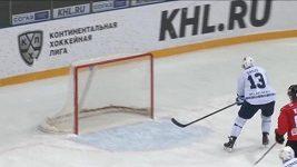 Sergej Drozd selhal před zcela prázdnou brankou