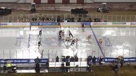 AHL Outdoor classic - Ani liják hru nepřerušil