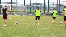 Slavia v Číně soupeří v břevínkách.