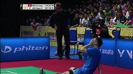 Finále v badmintonu ukončilo krvavé zranění