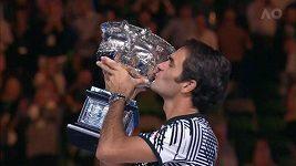 Federer ovládl epickou bitvu s Nadalem