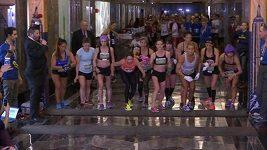 Běhu do schodů na Empire State Building se účastnilo přes 260 běžců