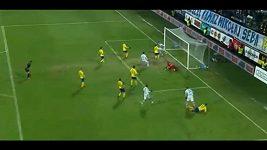 Necid nahrál na vítězný gól Legie.