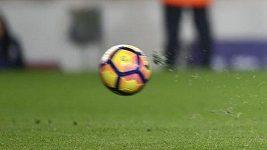Protest hráčů Long An proti odpískané penaltě