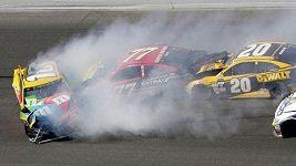 Závod Daytona 500 odstartoval novou sezónu seriálu NASCAR