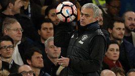 José Mourinho na tiskové konferenci po zápase Manchesteru United a Chelsea