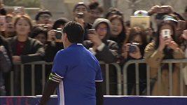 Argentinec Diego Armando Maradona a jeho Božská ruka číslo 2!