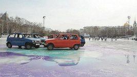 Ruský vynález: curling s auty