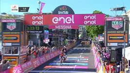Luka Pibernik slavil vítězství na Giru - kolo před cílem