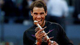 Nadal porazil ve finále v Madridu Thiema a popáté v kariéře ovládl tento turnaj
