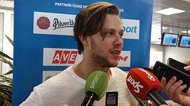 Čeští hokejisté se vrátili domů z mistrovství světa_02
