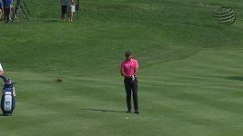 Jason Day, zvědavá veverka zamotala hlavu golfové hvězdě