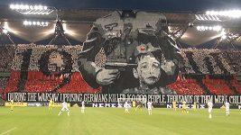 Uchvacující připomínka Varšavského povstání na fotbale