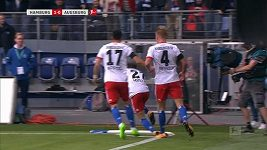 Nicolai Müller si při oslavě gólu přetrhl kolenní vaz