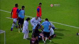 Kuriozní zranění fotbalového trenéra