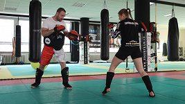 Kickboxerka Sandra Mašková míří do klece
