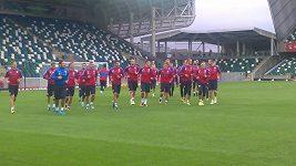 Trénink českých fotbalistů v Belfastu