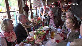Oktoberfest uvítal tradiční návštěvníky z Bayernu