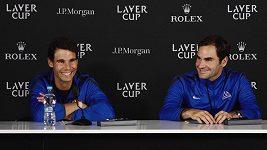 Vítězná premiéra hvězdné deblové dvojice Federer Nadal