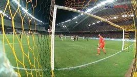 Ve šlágru řecké ligy padl výstavní gól z přímého kopu