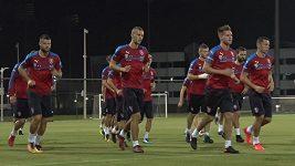 Stefan Simič a Karel Jarolím před zápasem s Katarem