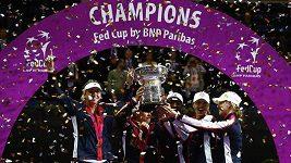 Američanky slaví triumf ve Fed Cupu