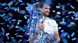 Dimitrův životní triumf. Sestřih finále dvouhry na Turnaji mistrů