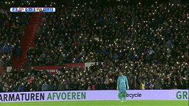 Světelné choreo fanoušků Feyenoordu