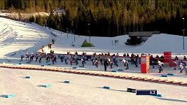 Skiatlon mužů v Lillehammeru. Vyhrál Klaebo