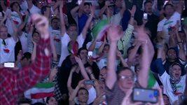 Dva světové rekordy zlepšil na mistrovství světa vzpěračů v Anaheimu Íránec Sohráb Moradí.