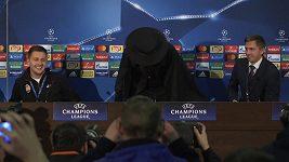 Zorro na tiskové konferenci