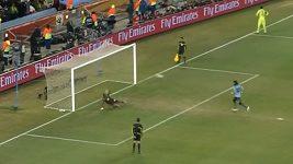 Uruguayský fotbalista proměnil na MS 2010 penaltu jako Antonín Panenka