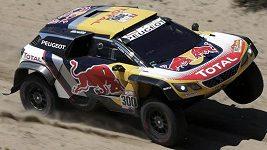 Vítězem 10. etapy Rallye Dakar se mezi automobily stal Stephane Peterhansel
