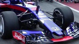 Týmy Force India, Toro Rosso a Haas odhalily v Barceloně monoposty pro letošní sezónu F1