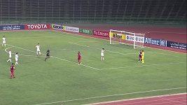 Zkrat brankáře v utkání poháru AFC soupeř potrestal gólem