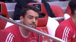 Hvězda Ajaxu odmítla jít na hřiště