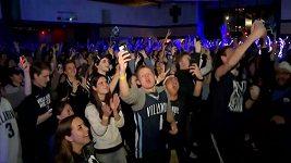 Studenti Univerzity Villanova oslavují vítězství