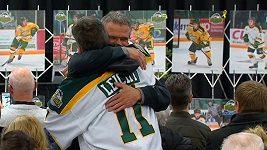 V Kanadě se loučili s hokejisty, kteří tragicky zemřeli při autobusové nehodě